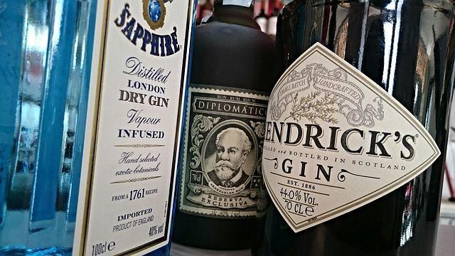 Etiquetado de botellas